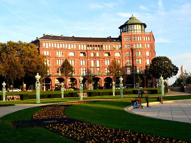 Première excursion à Mannheim - Place Frédéric.