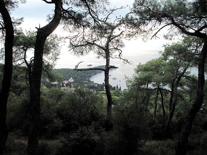 Les îles aux princes - un peu de nature et de vide à 1h en bateau, mais sans quitter Istanbul.