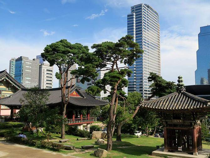 Bongeunsa Temple à Gangnam, Séoul.